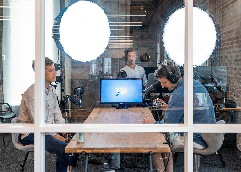Unterschied zwischen Videokonferenzen und Webinaren