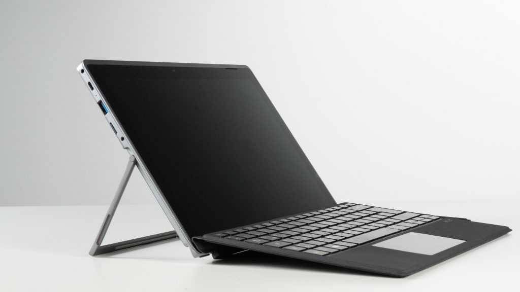 Home Office Laptop 2-in-1- Gerät